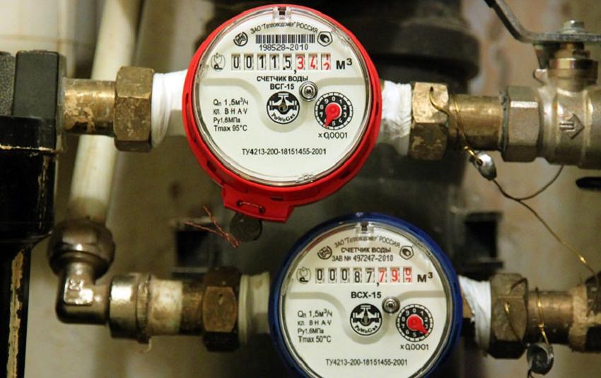 Для водоизмерителей, установленных на трубе ГВС, промежуток между врезкой и первой поверкой составляет 4 года