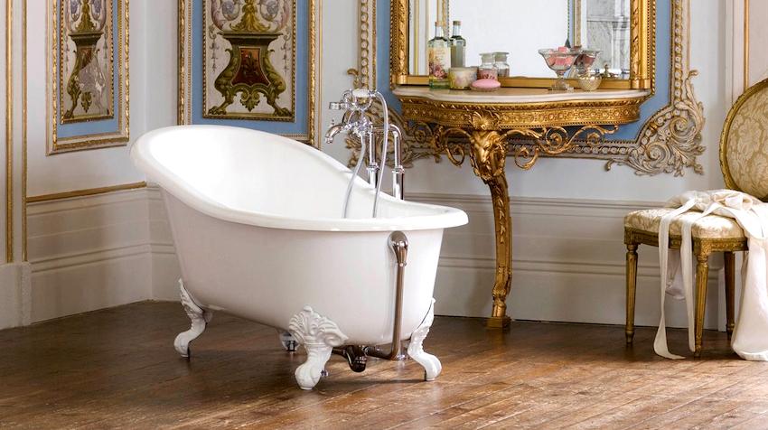 Ванна на ножках – это, пожалуй, самый старый тип установки, который в первую очередь влияет на визуальное восприятие