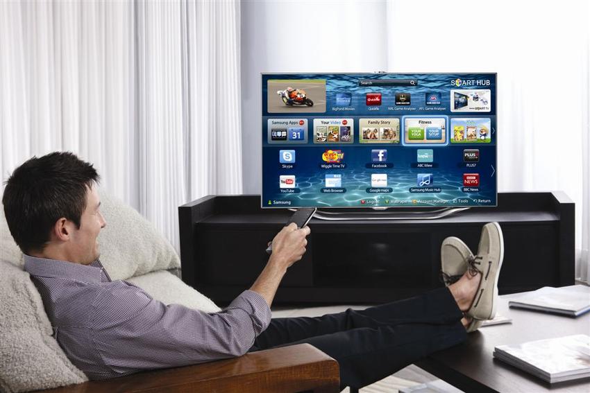 Максимально большие экраны устанавливаются в гостиной, где их используют в качестве домашних кинотеатров