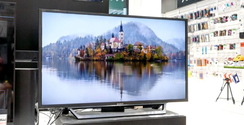 Модель телевизора KDL-40RE353 от компании SONY, благодаря подсветке Direct LED удивляет высоким качеством изображения