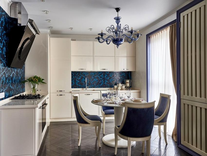 Кухонный фартук из мозаики отличается длительным сроком службы