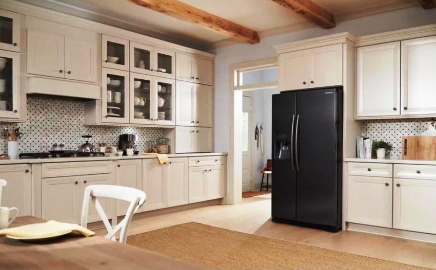 Система PowerCooling, которой оснащены холодильники Самсунг, обеспечивает быстрое охлаждение свежих продуктов и поддерживает равномерную температуру внутри камеры