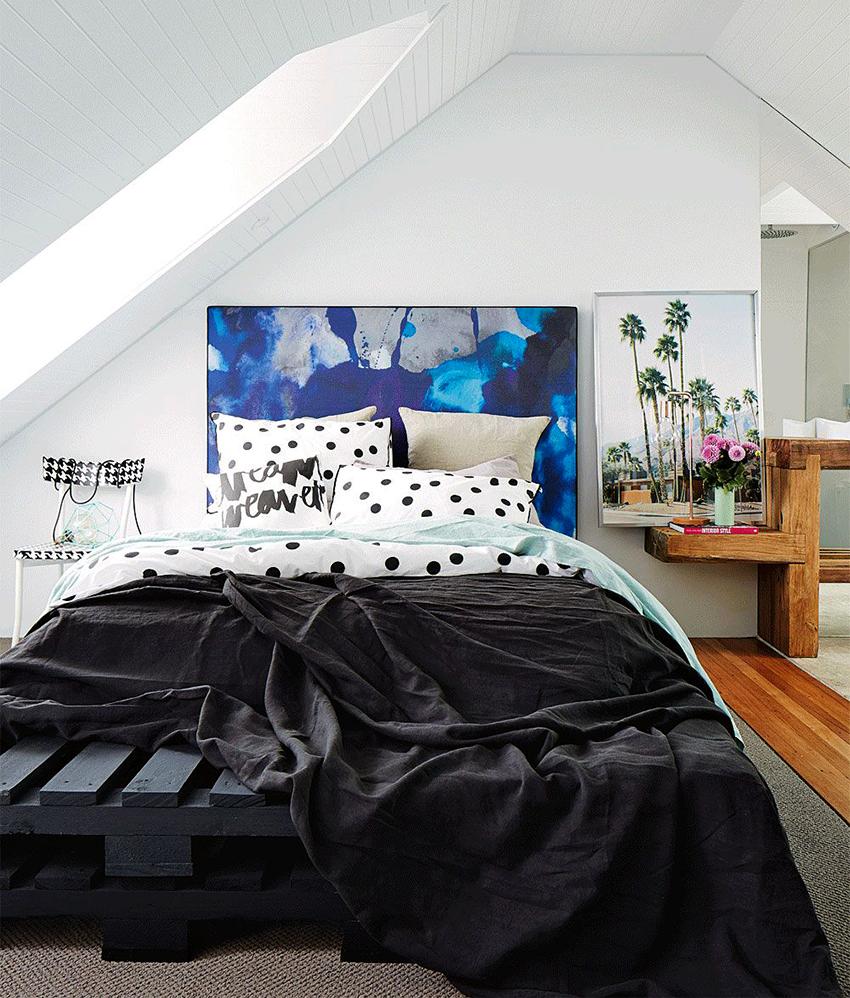 Изголовье кровати можно сделать главной изюминкой спальни