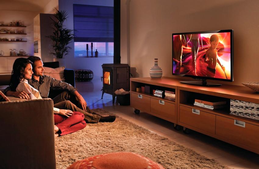 Телевизор с встроенным сабвуфером будет выдавать более качественное звучание