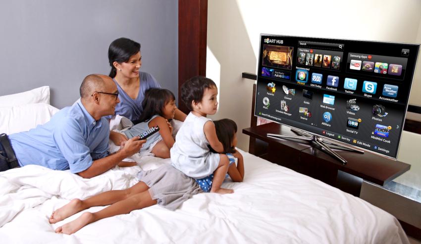 Среди минусов IPS матрицы выделяют низкую скорость отклика и довольно высокую цену на телевизоры