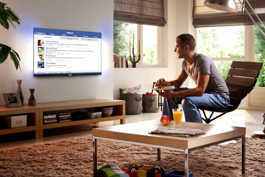 Преимуществ у Smart-телевизоров с интернетом много, одно из них - это возможность зайти в социальные сети и пообщаться с друзьями