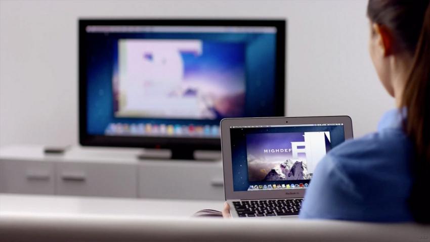 Преимущество телевизоров с Wi-Fi – это отсутствие кабелей для подключения к интернету и соединения с другими устройствами