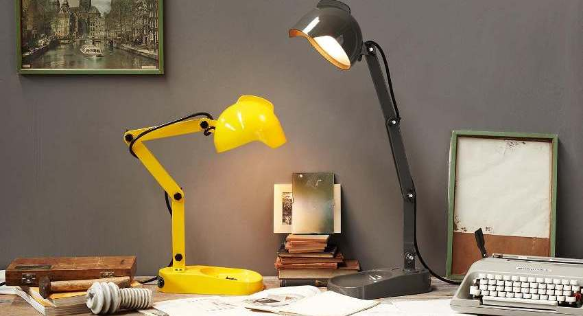 Для работы необходимо выбирать мощные лампы с сильным световым потоком