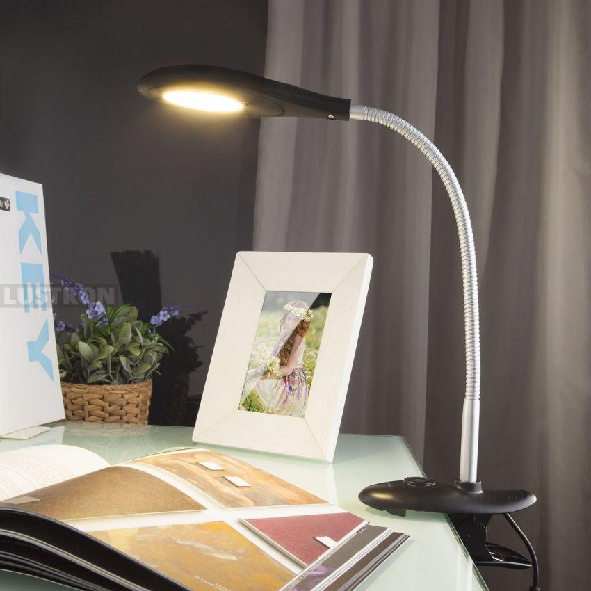 Светодиодные лампы отличаются по типу крепления: с установкой на поверхности стола, на струбцине и на прищепке