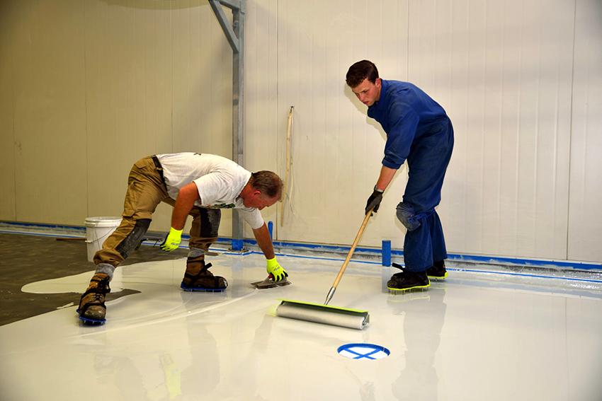 Эпоксидная смола активно применяется в ремонтных работах