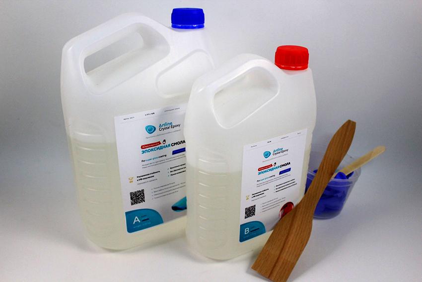 Эпоксидная смола характеризуется термостойкостью, водонепроницаемостью и прочностью