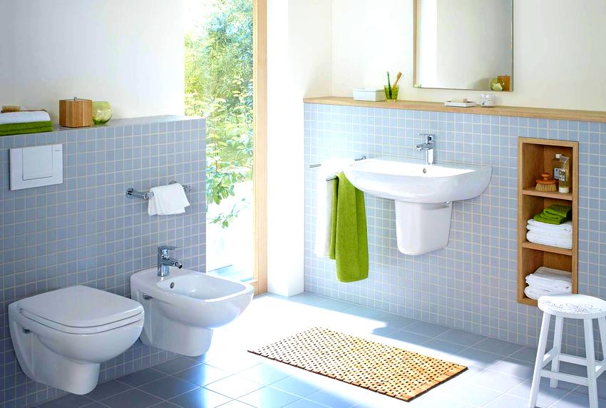 Форма подвесного унитаза не отражается на размере инсталляции, но выбирать изделие необходимо исходя из площади туалета