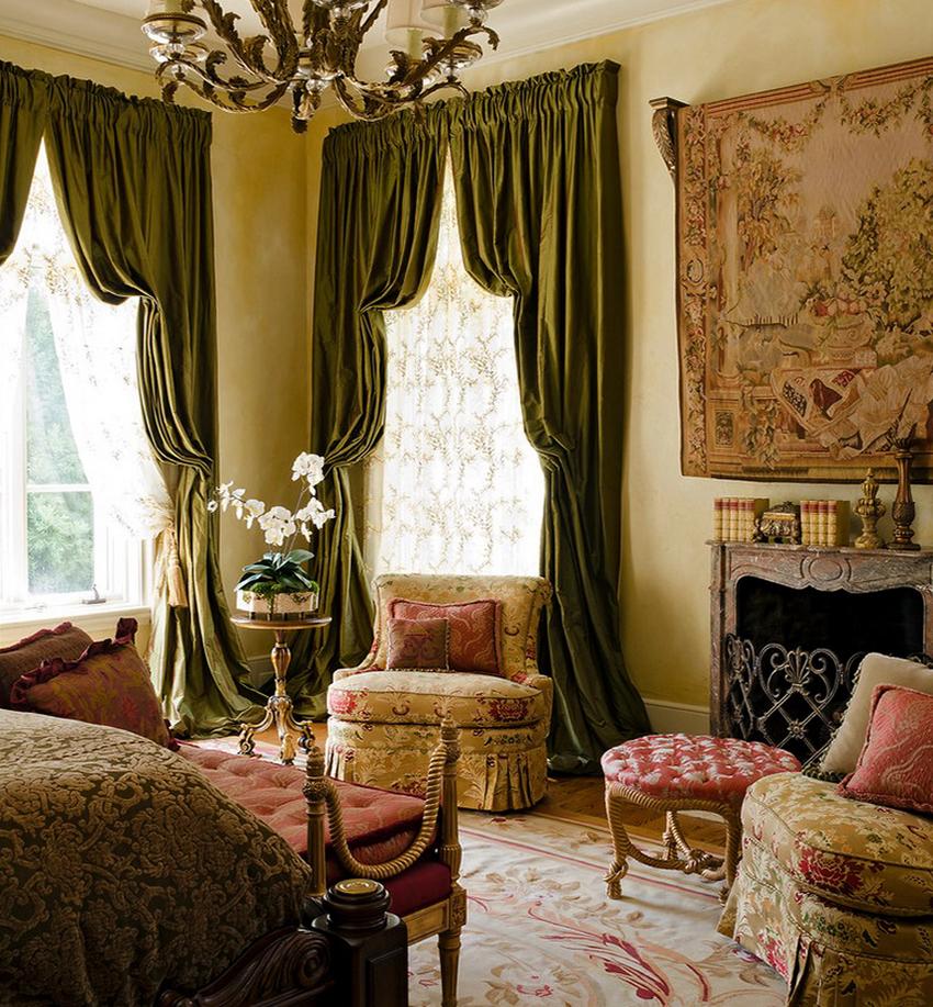 Декорировать портьеры можно оборками, подхватами, кулисами и ламбрекенами