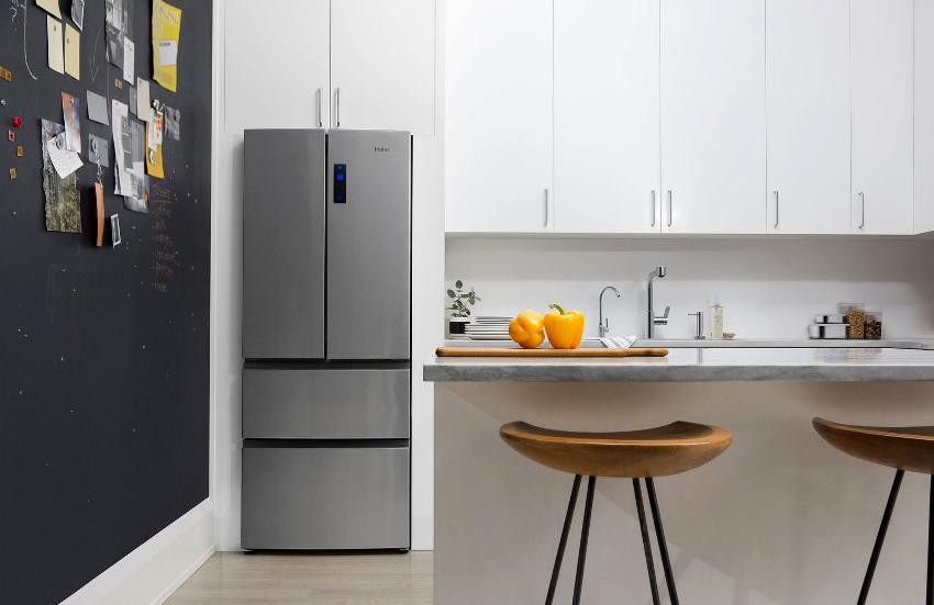 Холодильники среднего размера имеют вес от 40 до 50 килограмм