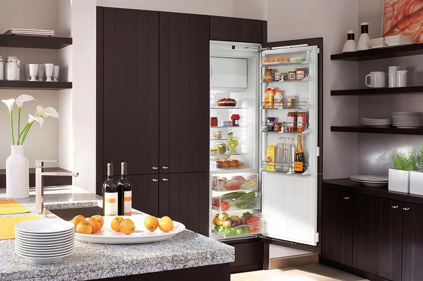 От 50 до 60 см – стандартная глубина холодильников средних размеров