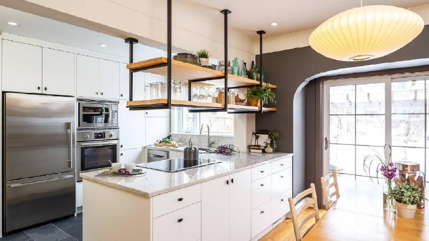 При выборе следует учитывать не только материал и цветовую палитру, но и размеры кухонных шкафов