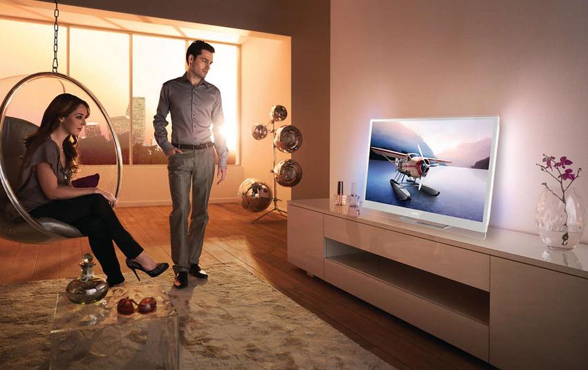 Самыми популярными и очень распространёнными видами телевизоров считаются устройства с жидкокристаллическими экранами