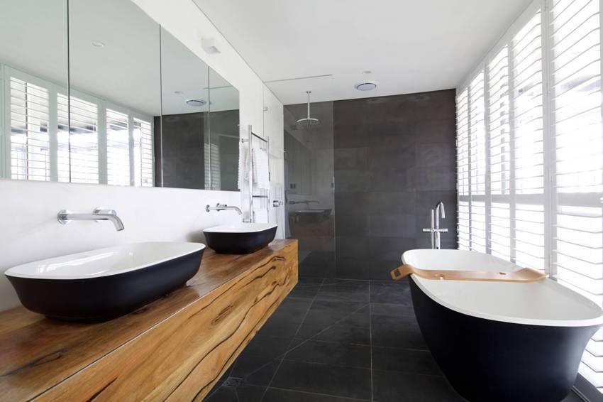 Ширина стандартной чугунной ванны чаще всего равна 70 или 75 см