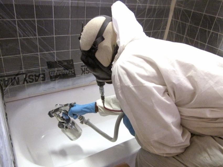В процессе реставрации чугунной ванны можно выбрать любой цвет эмали