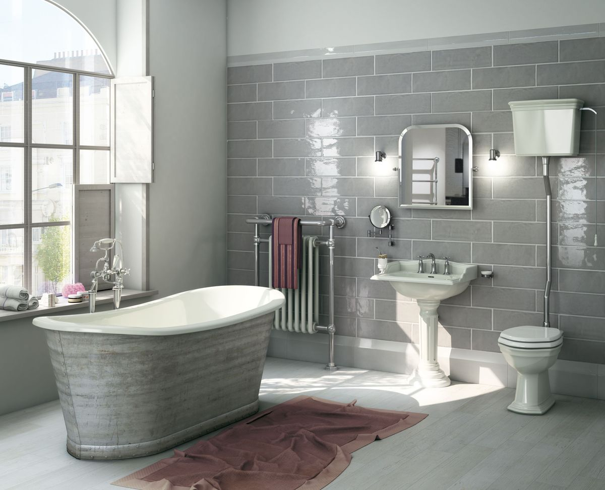Вес чугунной ванны может составлять 120 кг или больше
