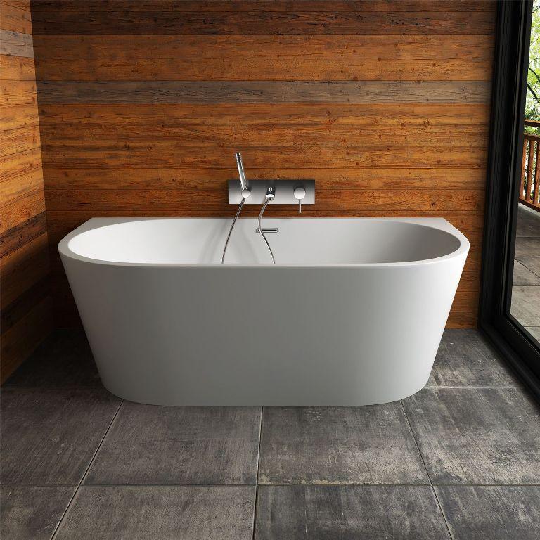В чугунную ванну придется заливать воду более высокой температуры, чтобы прогреть ее