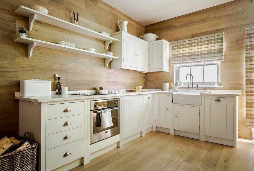 Широкий ассортимент стеновых панелей позволяет выбрать нужный вариант для отделки кухни