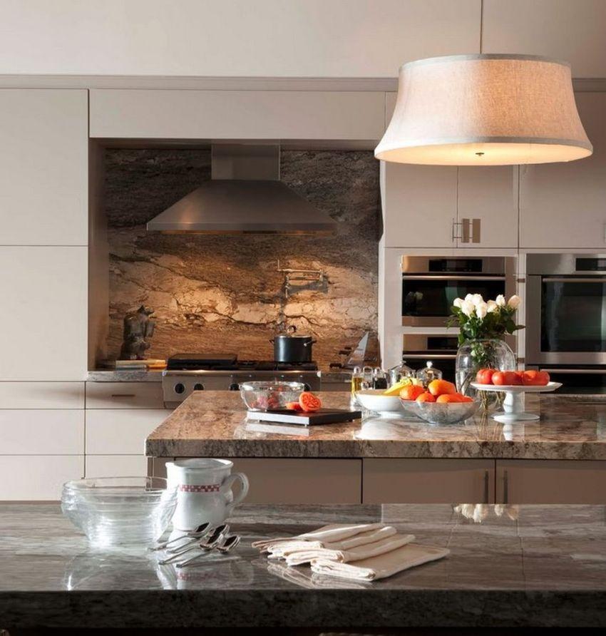 Деревянные стеновые панели для кухни создадут уют в доме и с течением времени не утратят актуальности
