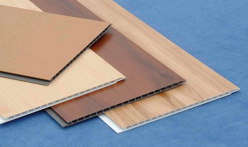 Выбирая панели нужно следите за равномерной окраской поверхности