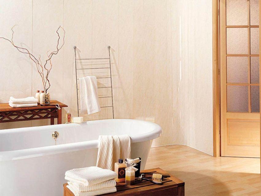 Влагостойкие панели для ванной выпускают множество мировых компаний