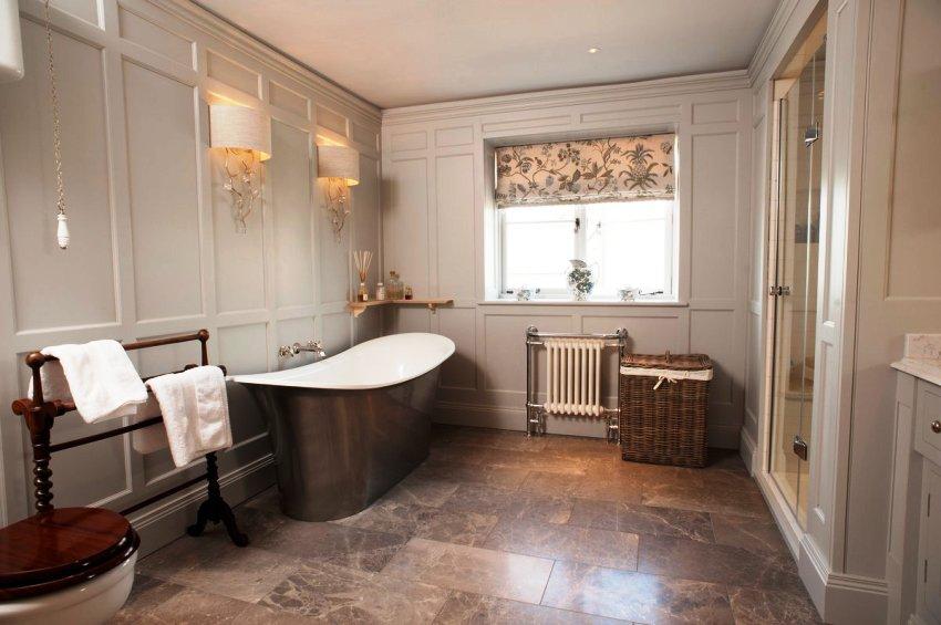 Наклеить стеновые панели в ванную можно довольно просто и быстро
