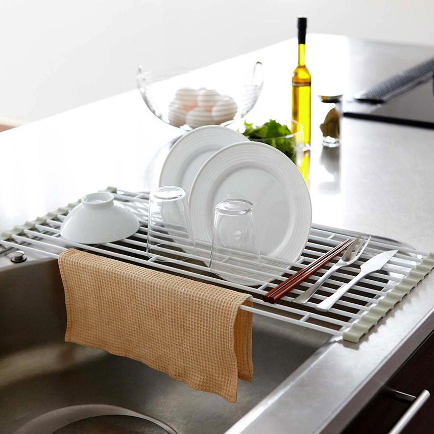 Сушки для посуды могут различаться конструкцией и материалом