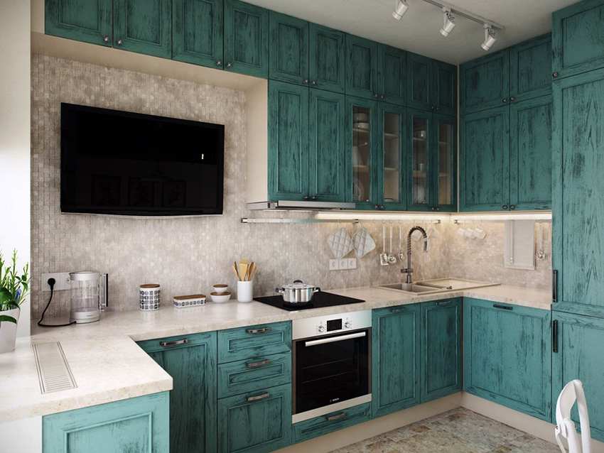 Для кухни со средней площадью подойдет телевизор с диагональю 17-25″