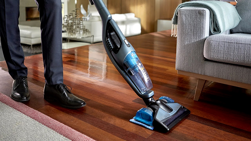 Пылесос Philips PowerPro Aqua FC6408/01 подходит для мытья полов и ковролина