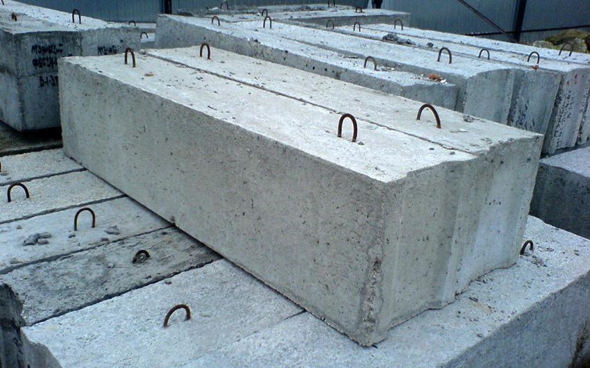 Железобетонные блоки производят на заводах из бетона марок от В7,5 до В15