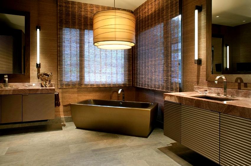 На цену акриловой цветной ванны влияет наличие таких функций как гидромассаж и подсветка