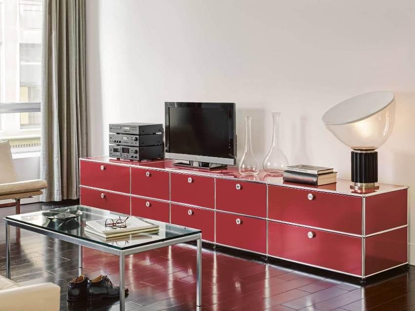 Длинные комоды в гостиную выполнены в различном дизайнерском решении