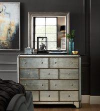 Комод с зеркалом – это многофункциональный предмет мебели