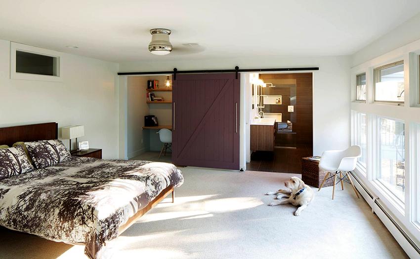 Двери-перегородки амбарного типа пользуются популярностью благодаря привлекательному виду и универсальности