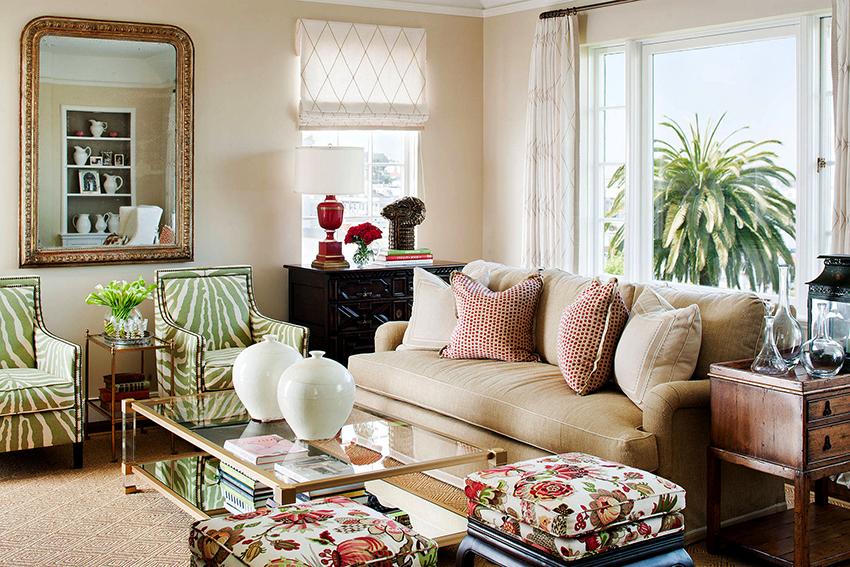 Самый универсальный вариант – это двухместный раскладывающийся диван