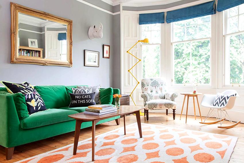 Если на диване планируется спать, то в первую очередь нужно учитывать размер мебели в разложенном состоянии