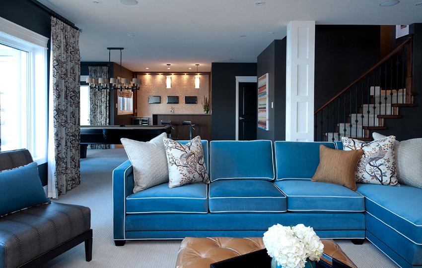 Если нужен диван нестандартного размера, его можно изготовить на заказ