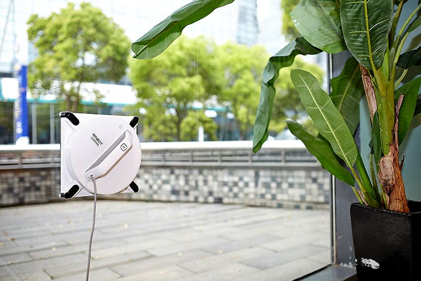 Роботы для мытья окон позволяют экономить силы и время, а также исключают травмоопасные ситуации