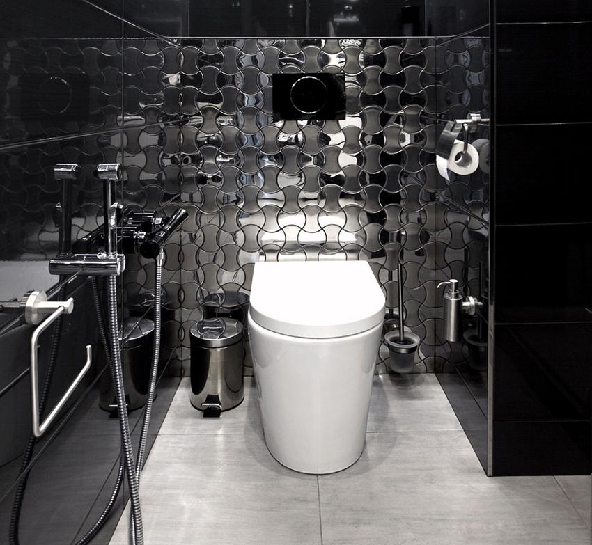 Чаще всего гигиенический душ устанавливается рядом с унитазом
