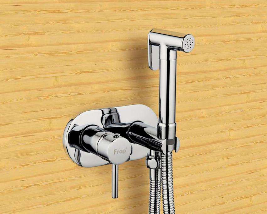 Гигиеничные смесители отличаются видом системы и видом монтажа