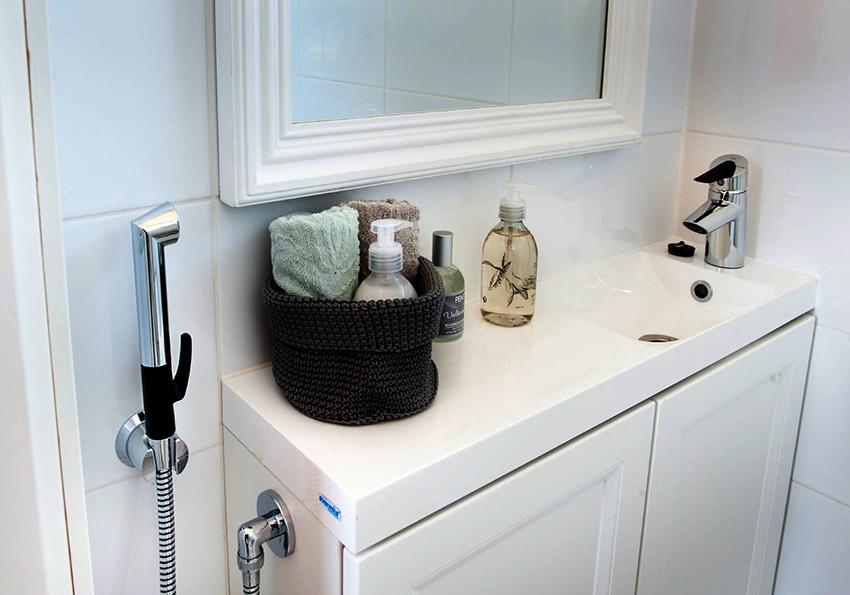 Кроме многих преимуществ гигиеничный душ имеет и небольшие минусы