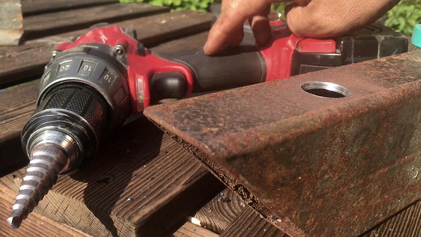 Сверла-елочки могут выполнять абсолютно ровные отверстия