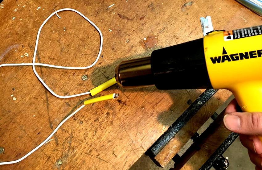 Перед тем как приступать к монтажу термоусадки, необходимо правильно подобрать трубку и подготовить соответствующий инструмент