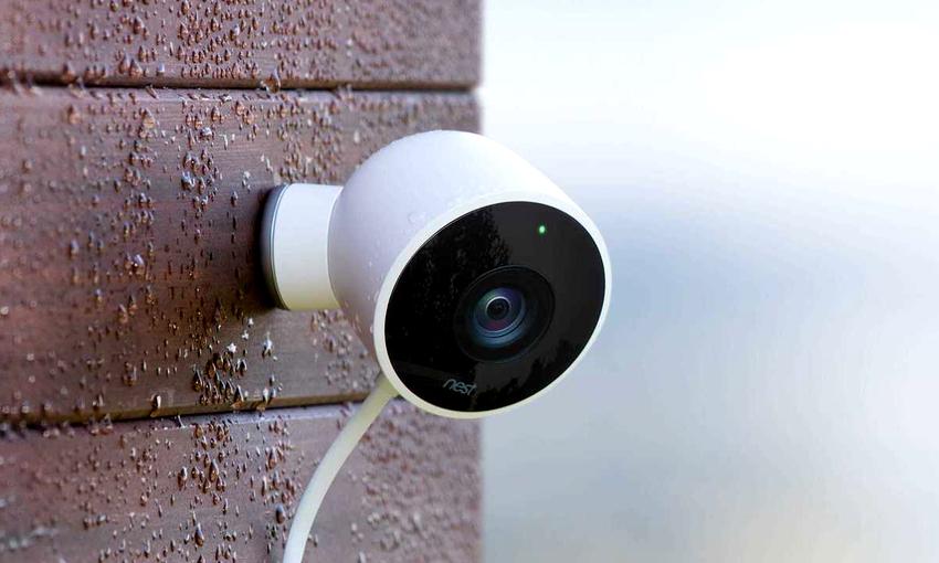 Видеокамеры по формату передачи данных делятся на аналоговые и цифровые
