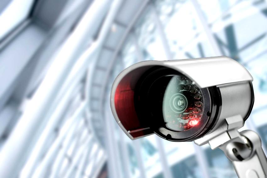 Видеокамеры для наружного наблюдения могут переносить колебания температуры от -40 до +50 °С