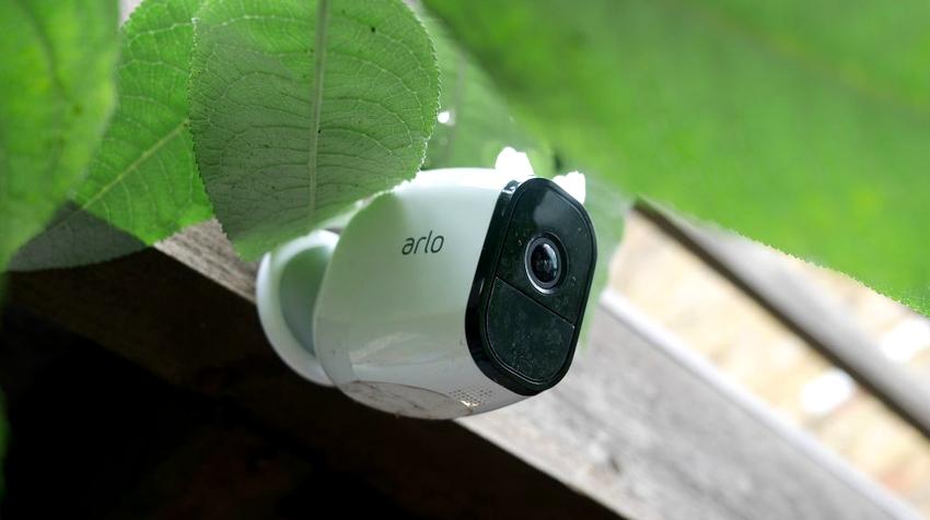 Камеры для видеонаблюдения, передающие информацию в формате GSM, имеют довольно высокую цену